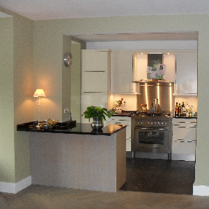 Portfolio gedane zaken vandaan interieurs wonen - Uitgeruste keuken met bar ...